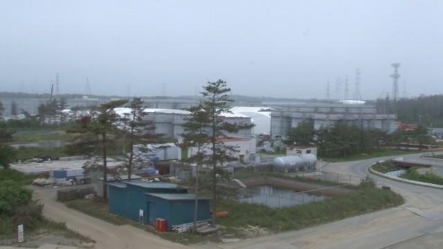 ▲<参考>2013年6月11日福島第一原発入構取材貯水タンク風景