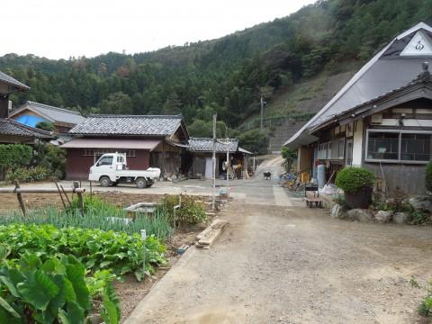▲ボランティアによる復興作業後の民家(海士坂地区)