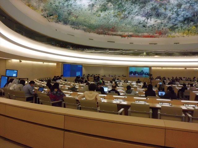 ↑国連自由権規約委員会の様子
