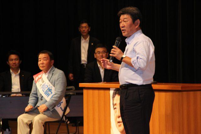 ▲高野候補の応援演説に駆けつけた茂木敏充・自民党選対委員長