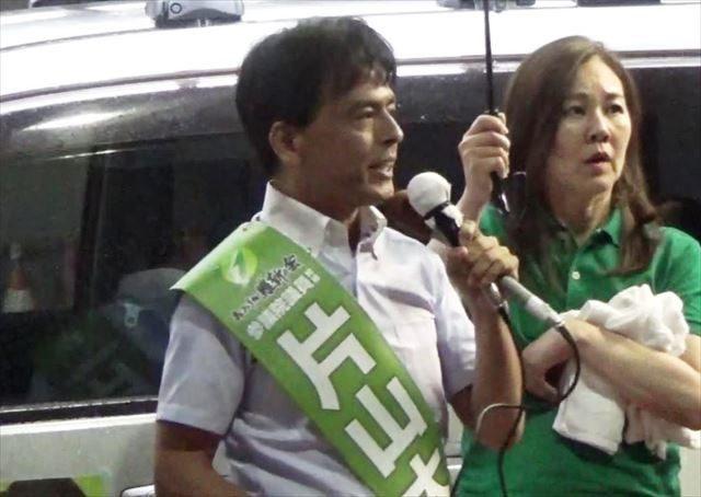▲兵庫選挙区・おおさか維新の会公認・片山大介候補(手前・中央)