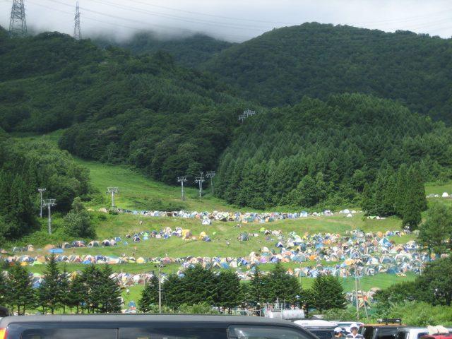 ▲今年も7月22,23,24の三日間、新潟県苗場スキー場の広大な敷地で行われるFUJI ROCK FESTIVAL '16