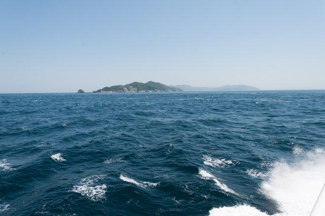 ▲佐賀関から三崎まで70分。出港してすぐ佐多岬半島が見えてくる