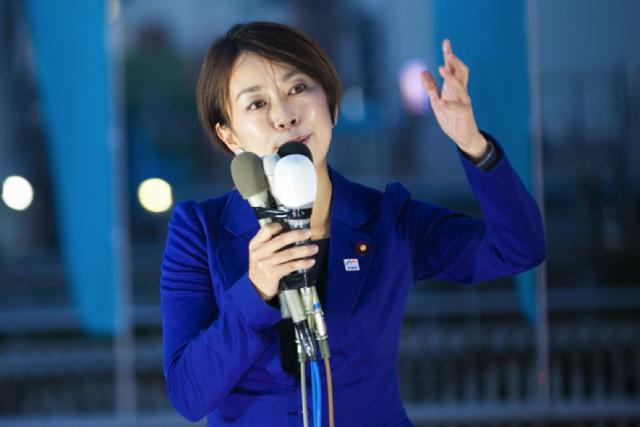 ▲応援演説に駆けつけた民進党・山尾志桜里議員