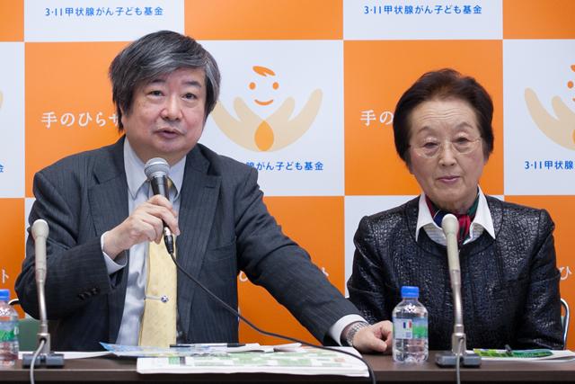 ▲同基金の理事を務める弁護士の海渡雄一氏(左)と代表理事で医学博士である崎山比早子氏