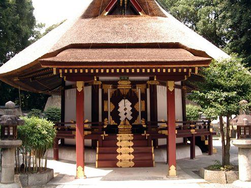 ▲京都市左京区の吉田神社境内にある斎場。吉田兼倶の構想により、1484年に建てられた(写真:Wikipedia)