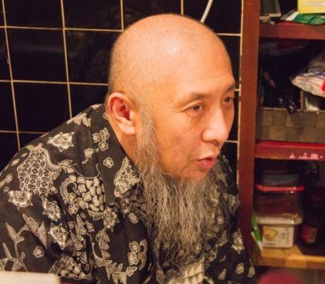 ▲講演を行なうイスラム法学者で元同志社大学教授の中田考氏