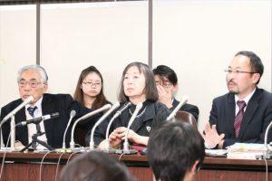 ▲(左から)梓澤和幸弁護士、水谷和子氏、大城聡弁護士